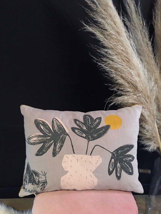 coussin-plante-gris-idealists-don-t-stop